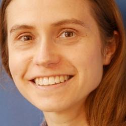 Dr Joanna  Waldie